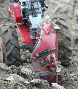Rototiller, scores of advantages