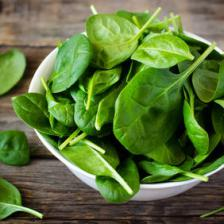 Spinach health benefits and therapeutic value