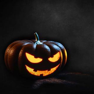 Spooky halloween jack-o-lantern
