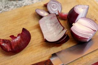 Different ways of cooking onion for its health benefits