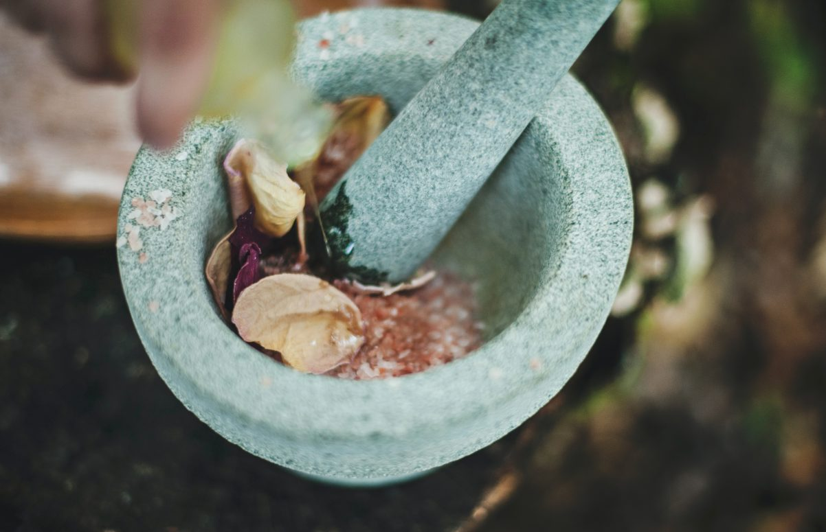 Mortar for crushing herbs used to treat umbilical hernia